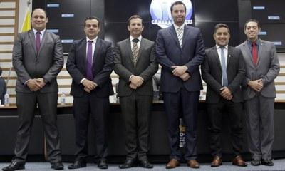 Mesa Diretora 2019-2020: Fabinho do Imperia, Neto Amorim, Wilson Zuffa, Fabião, Allan Miranda e Reinaldo Campos