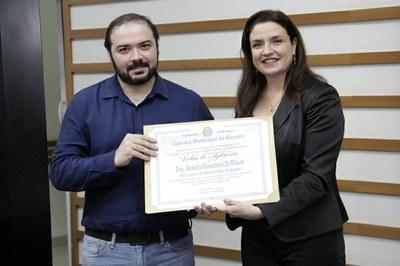 Jonas Gomes e Renata