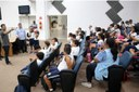 Alunos da rede municipal têm 'aula de cidadania' no Parlamento 26 de Março