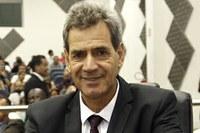 Barrão quer recapeamento asfáltico na Vila do Conde