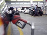 Barueri poderá cassar alvará de postos que vendem combustível adulterado