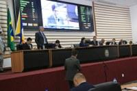 Câmara de Barueri aprova projeto que proíbe o serviço de transporte UBER no município