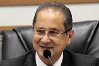 Carlinhos do Açougue diz que 13º salário a vereadores não será pago em sua gestão