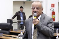 Chico Vilela pede wi-fi grátis no entorno de UBS