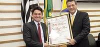 Dr. Max Rolf recebe título de cidadão barueriense
