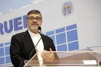 Em visita à Câmara, Dom João Bosco destaca vocação que une Igreja e Estado