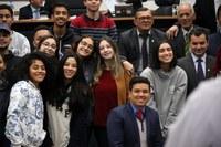 Estudantes acompanham sessão para conhecer o Poder Legislativo Municipal
