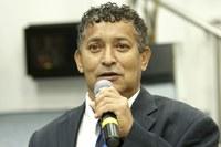 Luizinho do Camargo propõe campanha de conscientização de pedestres