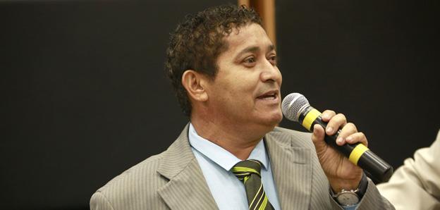 Luizinho do Camargo sugere construção de academia em centro comunitário