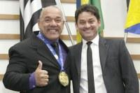 Roberto Mendonça presta homenagem a campeão de jiu-jitsu